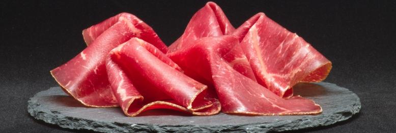 appetizing-beef-black-background-533352-3